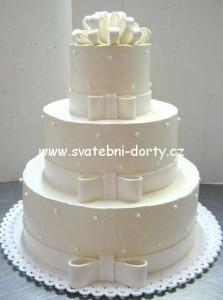 klasicke-svatebni-dorty-33