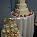 svatebni-cupcakes-17