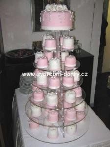 svatebni-cupcakes-27