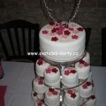 svatebni-cupcakes-30