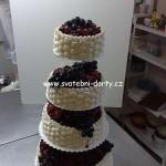 svatebni-dorty-na-stojanu-1