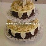svatebni-dorty-na-stojanu-100