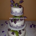 svatebni-dorty-na-stojanu-14