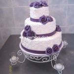 svatebni-dorty-na-stojanu-30