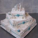 svatebni-dorty-na-stojanu-36