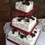 svatebni-dorty-na-stojanu-65