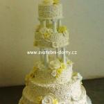 svatebni-dorty-na-stojanu-88