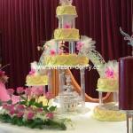 svatebni-dorty-na-stojanu-89